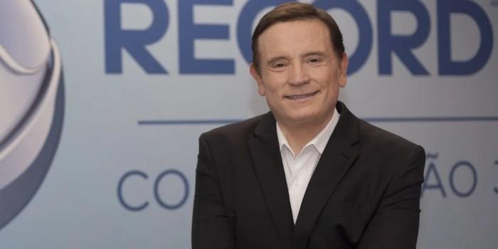 Roberto Cabrini está atualmente na Record (Foto: Antonio Chahestian/Record TV)