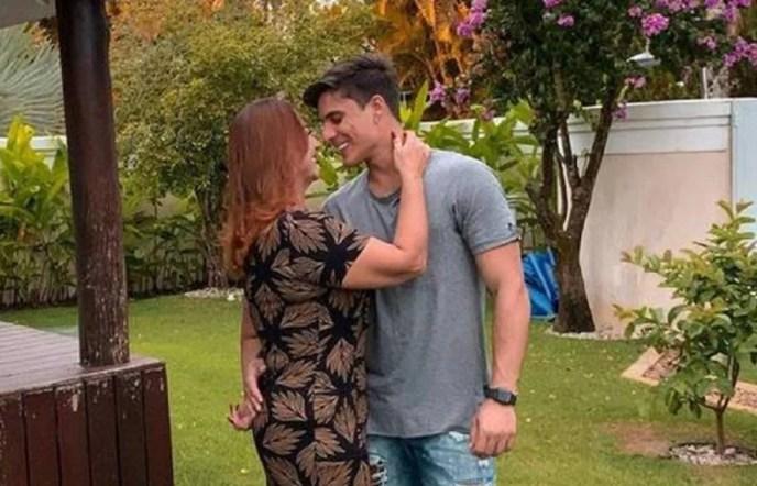 Nadine e Tiago Ramos (Foto: Reprodução) Neymar