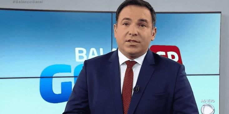 Reinaldo Gottino no comando do Balanço Geral; apresentador virou alvo de colegas (Foto: Reprodução/Record)