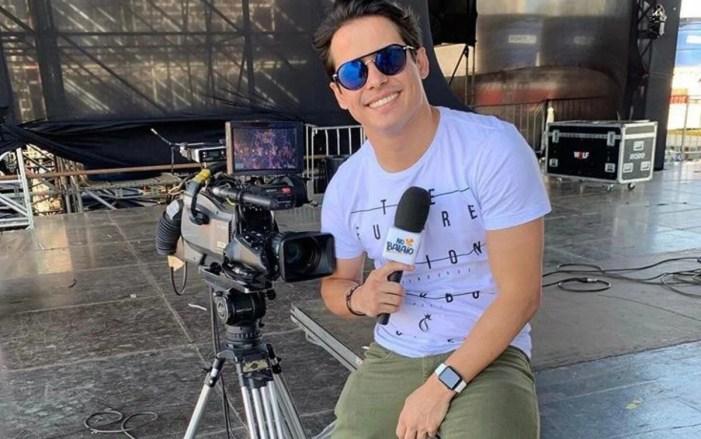 Após Marcius Melhem, Seu Waldemar, apresentador da TV Anhanguera, é demitido após expor mulher (Foto: Reprodução)