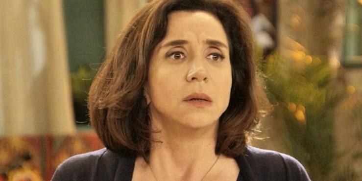 Francesca (Marisa Orth fica chocada com descoberta sobre o filho(Foto: Reprodução/Globo)