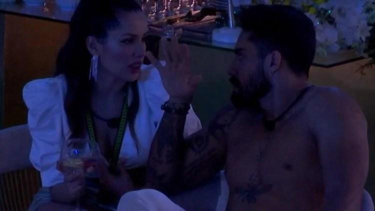 Juliette desabafa com Bil sobre relação com Fiuk na festa do BBB21 (Foto: Reprodução)