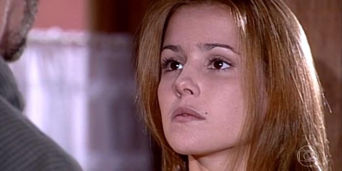 Íris (Deborah Secco) fica com Pedro (José Mayer) no final de Laços de Família (Foto: Reprodução/TV Globo)