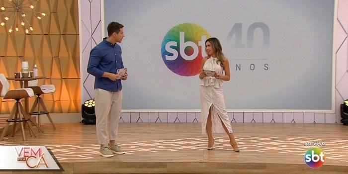Gabriel Cartolano e Patrícia Abravanel na estreia do Vem Pra Cá (Foto: Reprodução/SBT)