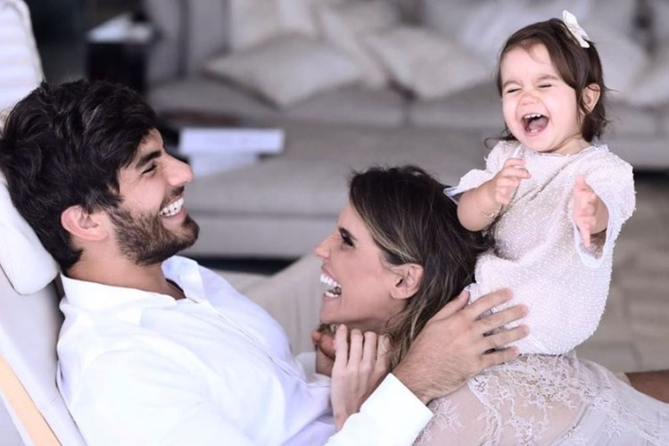 Deborah Secco e sua família (Foto: Reprodução)