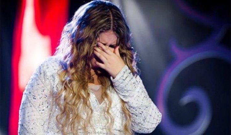 Marília Mendonça chorando (Foto: Reprodução)