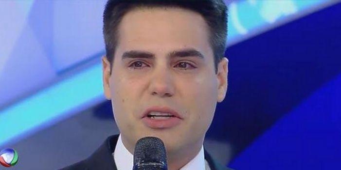 O apresentador Luiz Bacci na Record (Foto: Reprodução)
