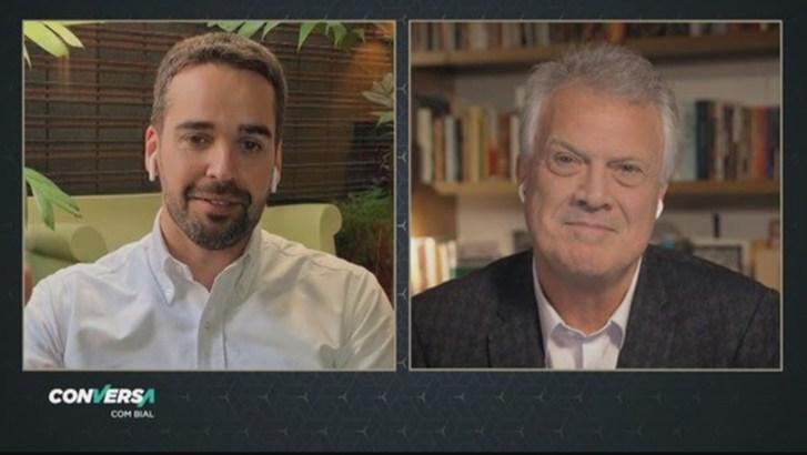 Eduardo Leite dá entrevista a Pedro Bial no 'Conversa com Bial'