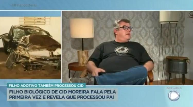 """Cid Moreira: Filho volta a detonar o jornalista: """"Não quer ser meu pai"""""""
