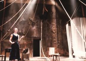 Svanevit, Art Theatre Karolos Koun, 1992