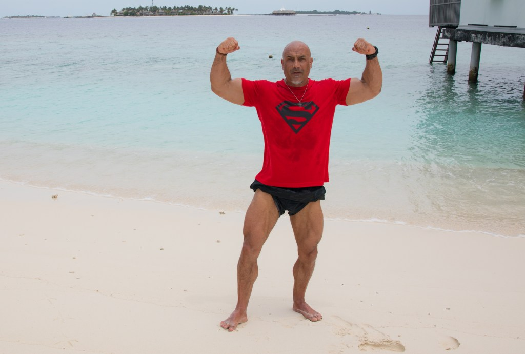 What is a muscled guy to do in Singapore and Maldives? 17
