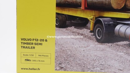 Heller Volvo F12-20 & timber semi trailer in 1:32 BOUWDOZEN OPLEGGERS EN AANHANGWAGENS 1 op 32