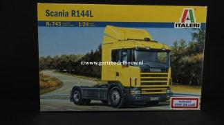 Italeri 743 SCANIA R144L