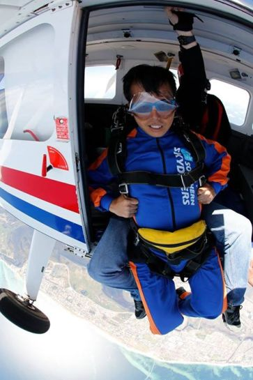 Ok i m ready... actually i m not really scare... as i have confident with the instructor behind me.