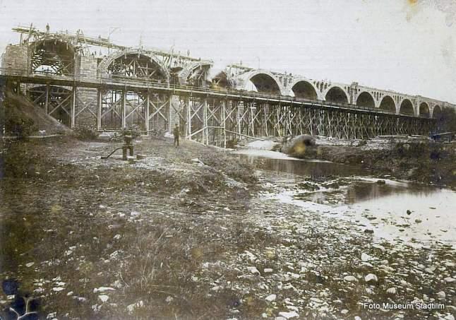 Bau des Stadtilmer Viaduktes