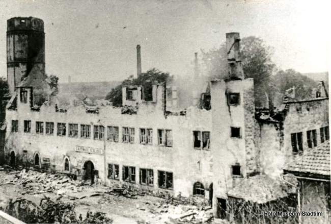 Rathaus um 1897 (Brand des Schlosses)