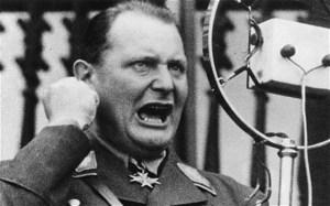 Hermann Goering circa 1935 (Foto von Three Lions/Getty Images)