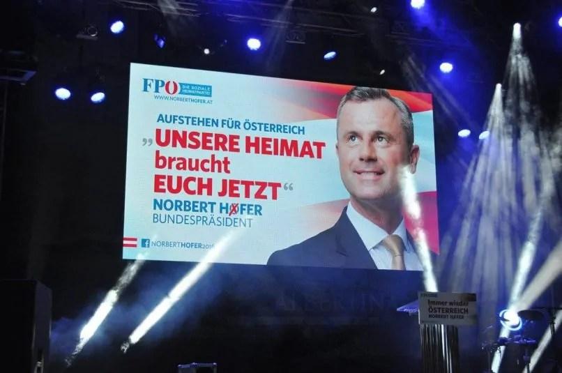 Wahlkampfveranstaltung auf dem Wiener Stephansplatz, April 2016