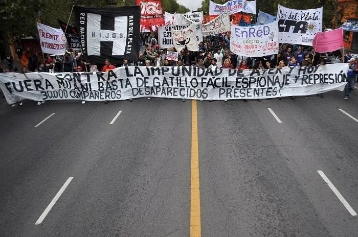 Demonstrationszug am 24. März 2016 in Buenos Aires; Quelle: lacapitalmdp.com