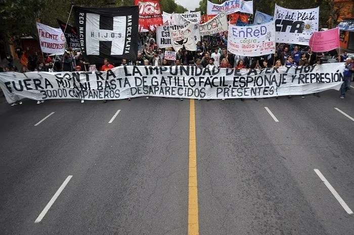 Demonstrationszug am 24. März 2016 in Buenos Aires; Quelle: lacapitalmdp.com