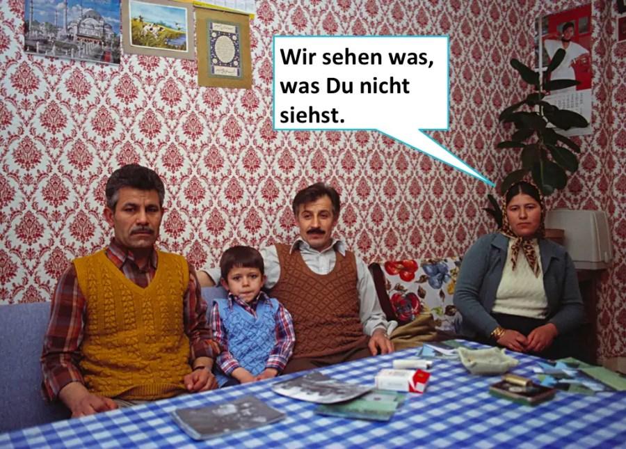 """""""Türken in Deutschland"""", Candida Höfer 1976 (Talk Back K.E.)"""