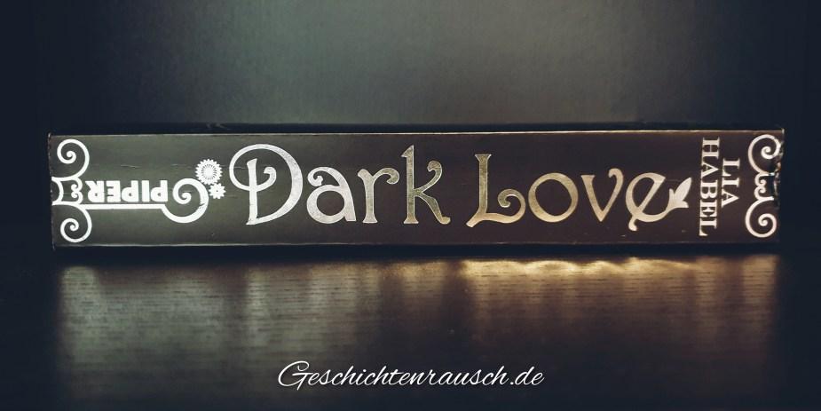 Dark Love - Buchrücken