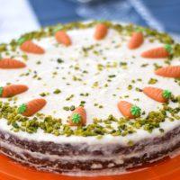 Carrot Cake mit Frischkäse-Frosting