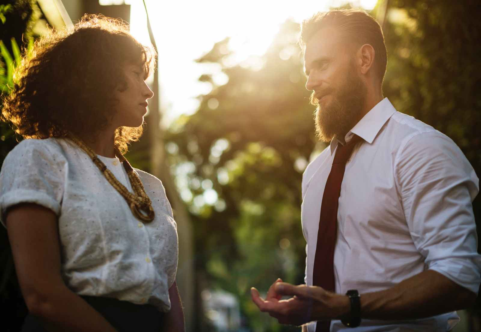 Five Ways to Be More Engaging in Conversation and Relationships