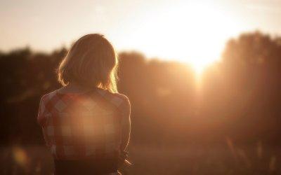 ¿Cómo evitar el aislamiento en un mundo dormido? – La vida es bella