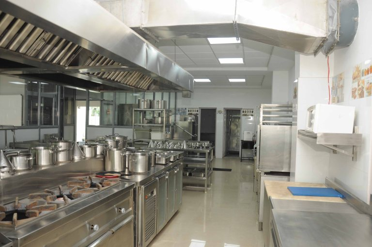 Quantity Training Kitchen