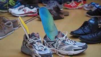 Laufschuhe oder Sportschuhe?