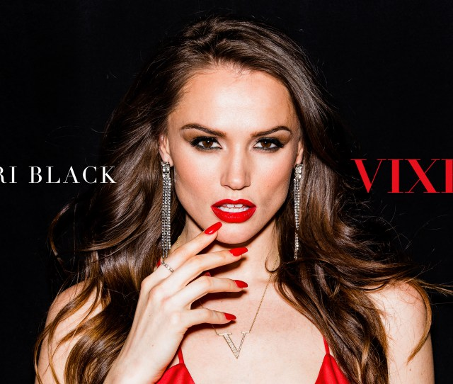 Tori Black Model Women Actress Pornstar Looking At Viewer Red Lipstick Red Nails Open Mouth