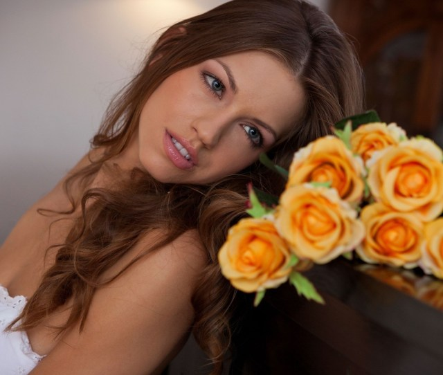 Women Flowers Photography Yellow Person Eufrat Flower Beauty Woman Bride Portrait Photography Photo Shoot Floristry Flower