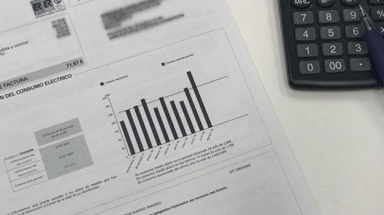 El PP lleva a pleno la bajada al máximo del IVA de la factura de la luz