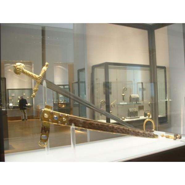 Deluxe Sword Of Emperor Charlemagne