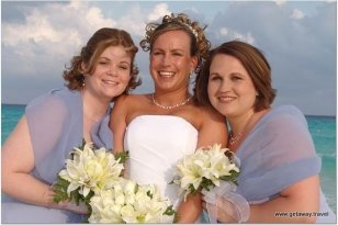 2-m&m bride and bridesmaids