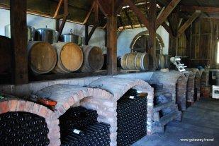 Eskdale Winegrowers Hawkes Bay NewZealand 2-6-2011 4-01-06 PM