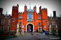 Hampton Court Palace - the great gatehouse
