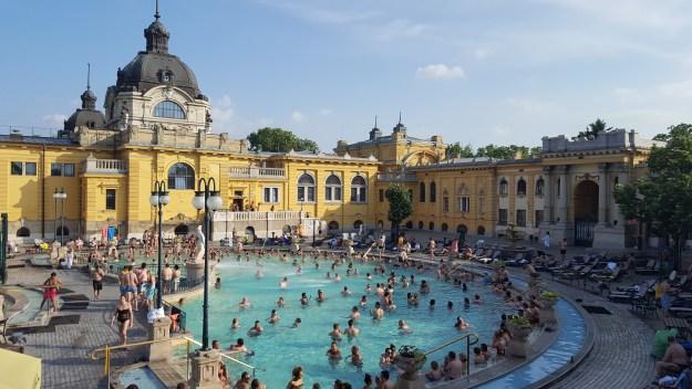 Széchenyi thermal bath Budapest_2