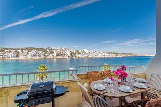 Blue Harbour 4 Seafront 3 Bedroom Self Catering Holiday Apartment With Terrace 333 Saint Paul S Street Bay