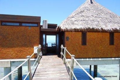 16-Likuliku Lagoon Resort Fiji 2-1-2011 1-29-04 PM