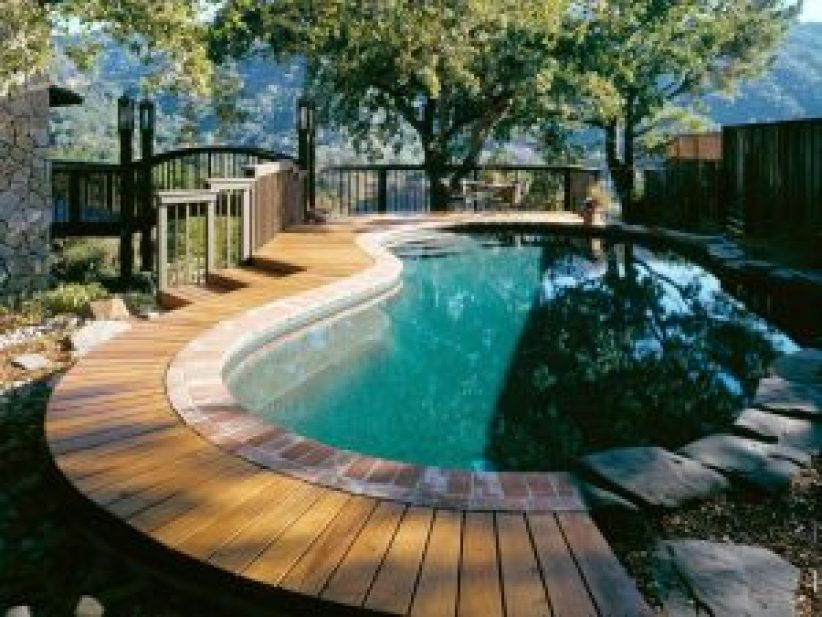 Great rooftop swimming pool design in house #swimmingpooldesign #pooldeckandpatiodesigns #smallbackyardpools