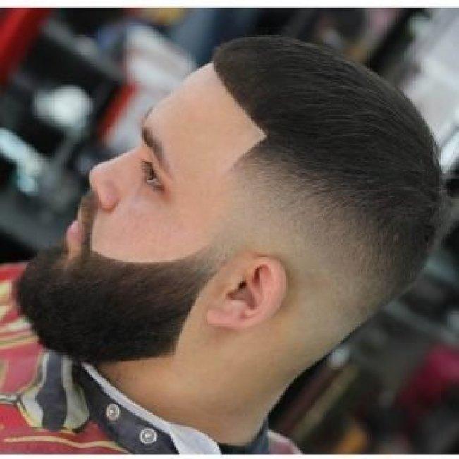 Remarkable short hair long beard #beardstyles #beardstylemen #haircut #menstyle
