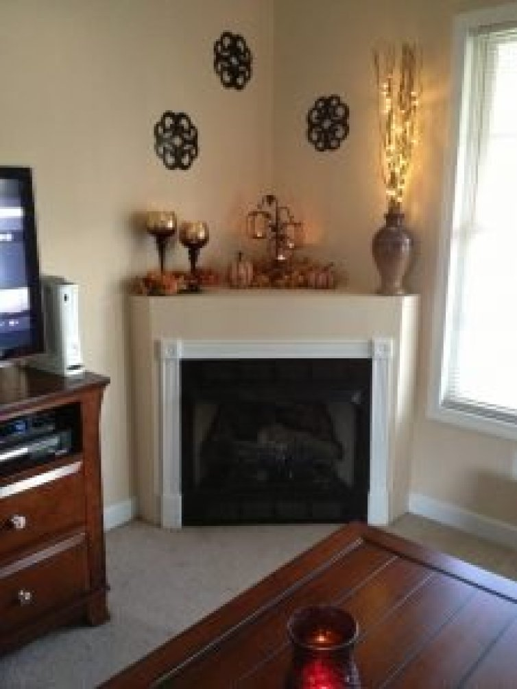 Eye-opening gas fireplace insert #cornerfireplaceideas #livingroomfireplace #cornerfireplace