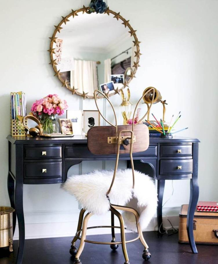 Brilliant makeup room ideas pinterest #makeuproomideas #makeupstorageideas #diymakeuporganizer