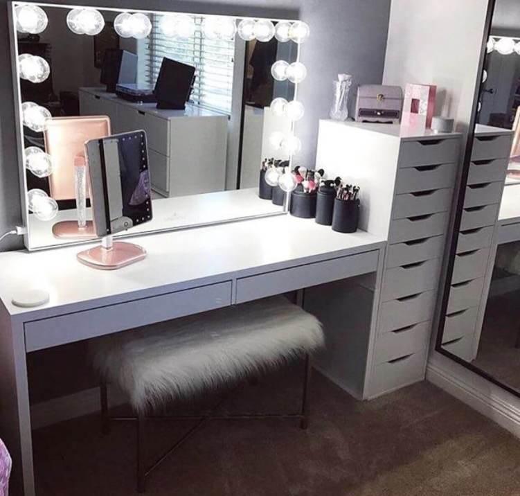 Sensational diy makeup vanity #makeuproomideas #makeupstorageideas #diymakeuporganizer