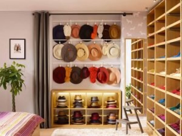 Wonderful wall coat rack #diyhatrack #hatrackideas #caprack #hanginghatrack
