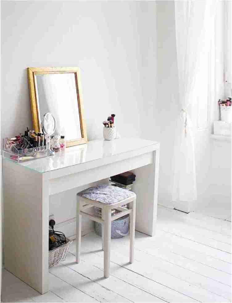 Wondrous makeup desk vanity #makeuproomideas #makeupstorageideas #diymakeuporganizer