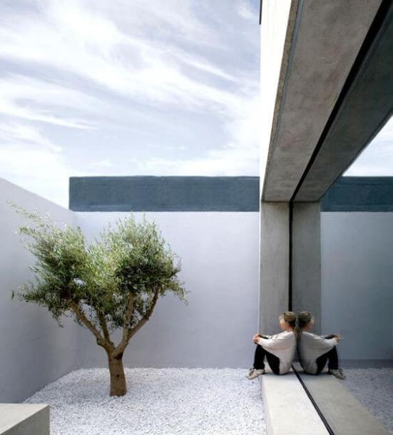 Trending minimalist interior designer toronto #minimalistinteriordesign #modernminimalisthouse #moderninteriordesign