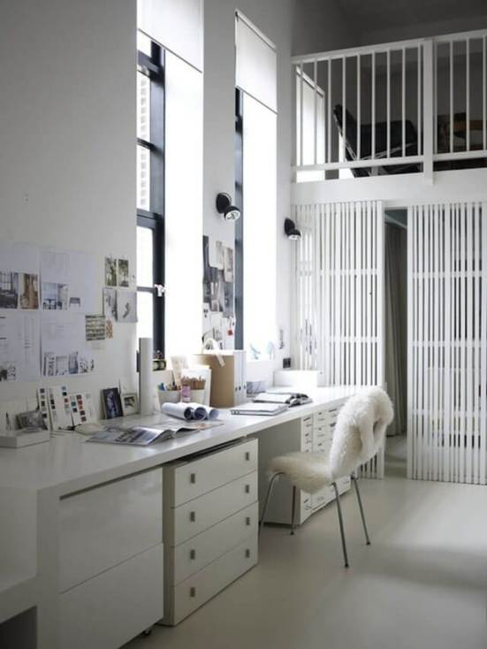 Cool small office interior design pictures #homeofficedesign #homeofficeideas #officedesignideas
